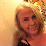 Laura, 36