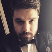 Giuseppee, 32