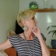 liebevoll, 53