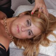 Eelizabet, 48