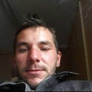 Szilli, 25