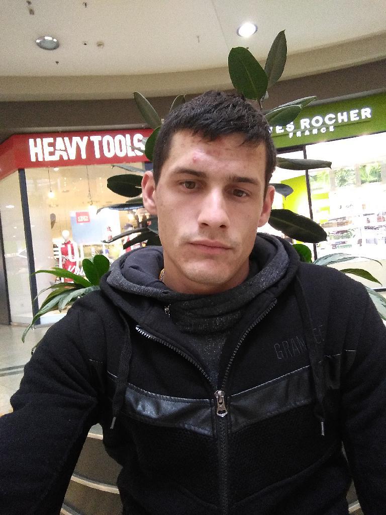 Janovicsrob, 27