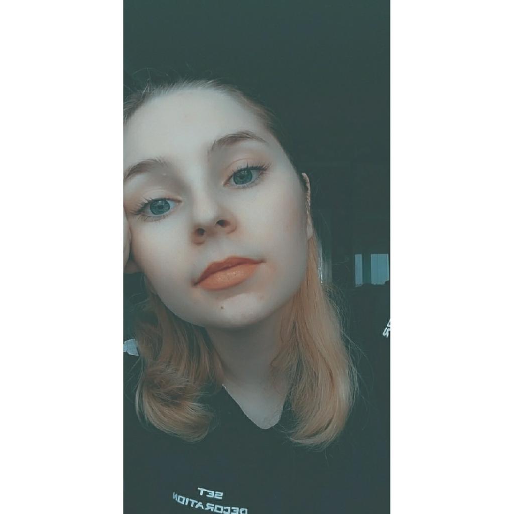 Jess22, 18