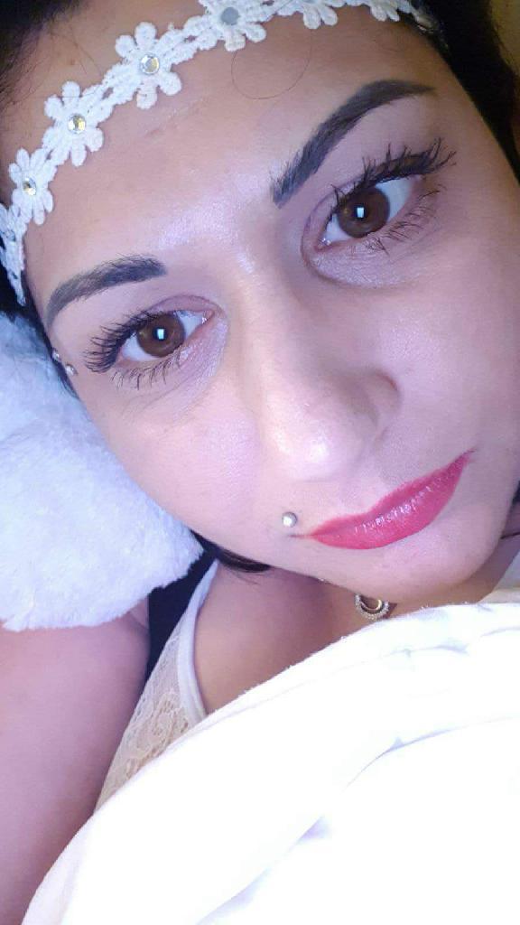 Claudia36, 37