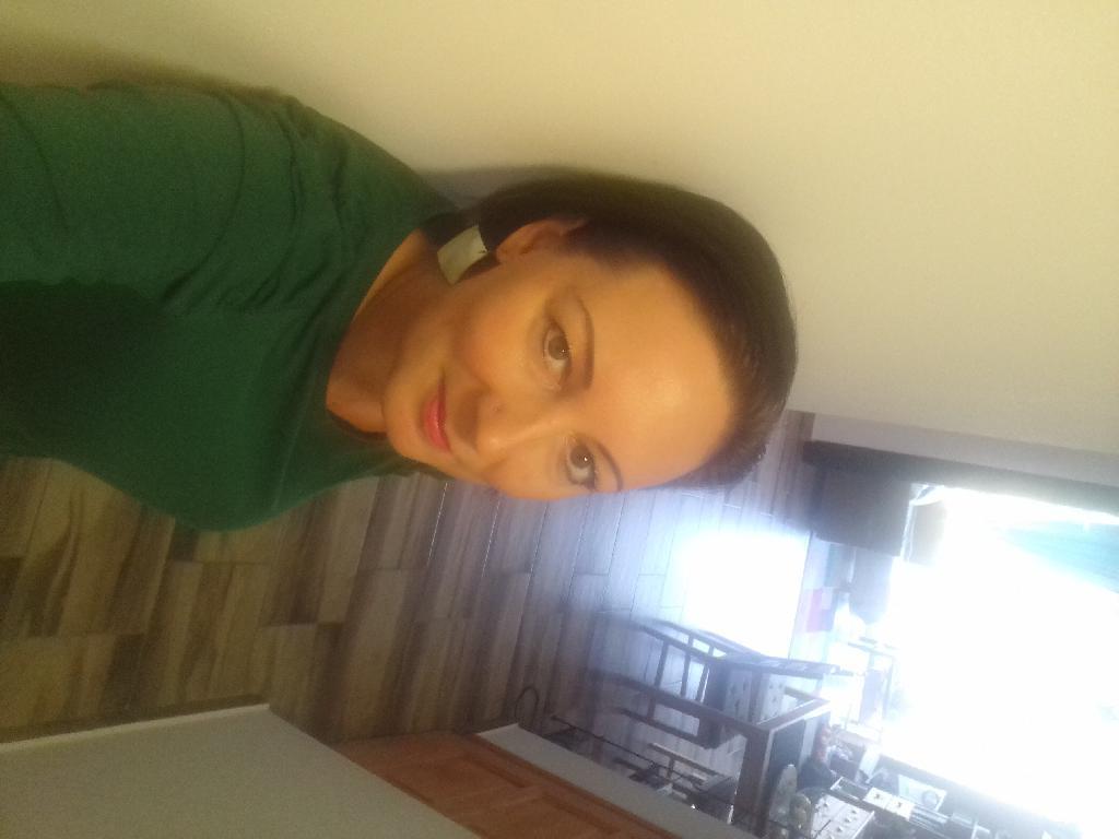 Monikagyor, 43