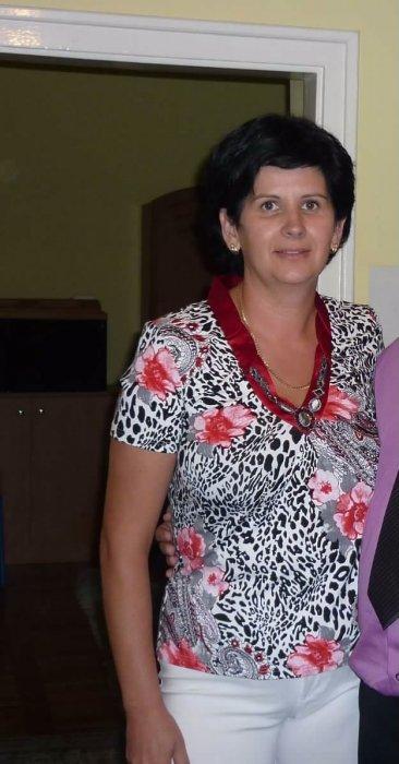 EdinaB, 45