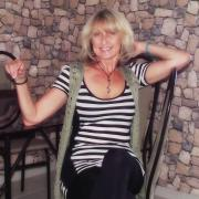 Lianne, 54