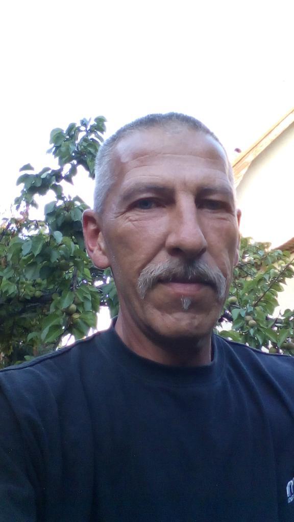 Roncse, 52