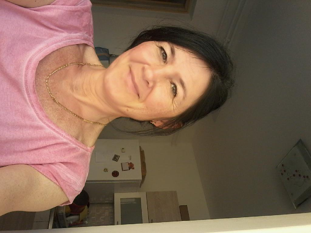 Melinda50, 50