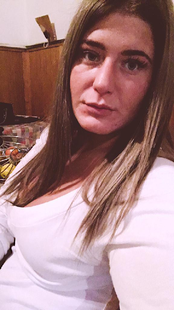 K.Vivien, 21