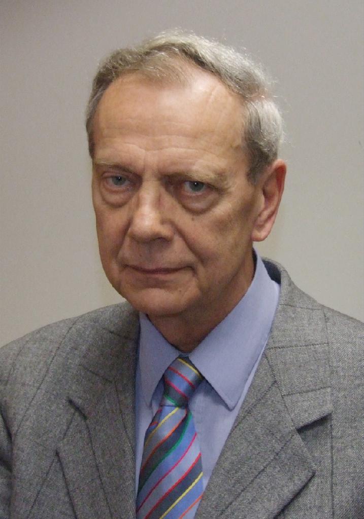 urológus, 73