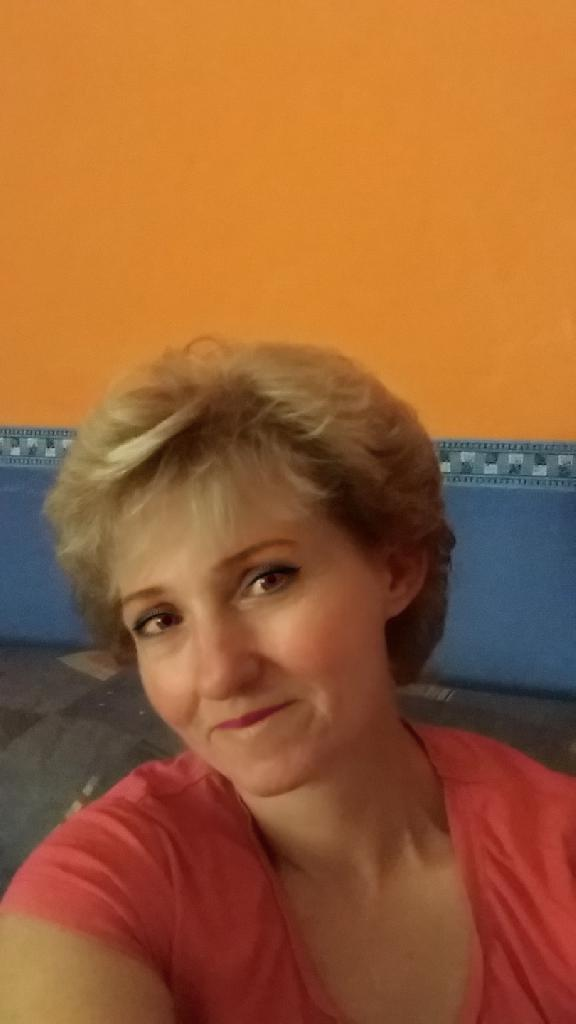 TinaKrisztina, 52