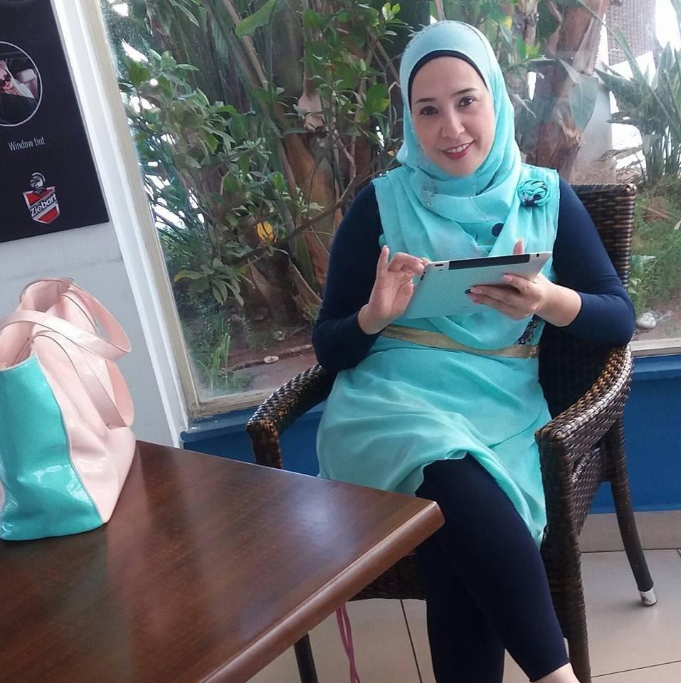 zahraa, 33