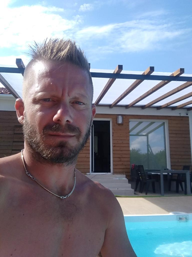Pinyusz, 44