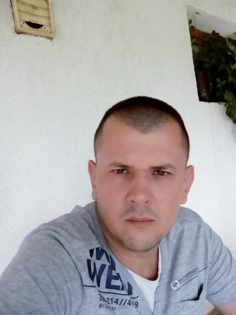 Sunixy, 35