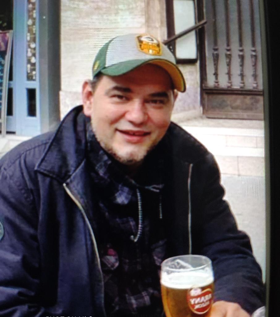 Axelfolie, 44