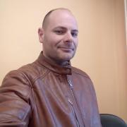 Andris, 36