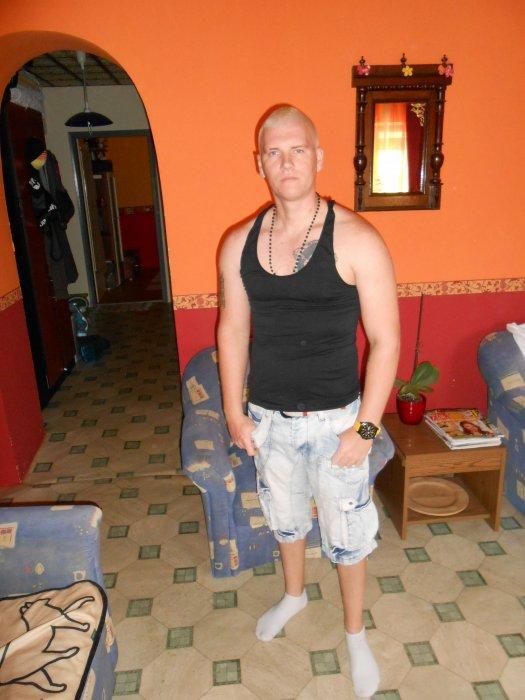 BChristian, 36