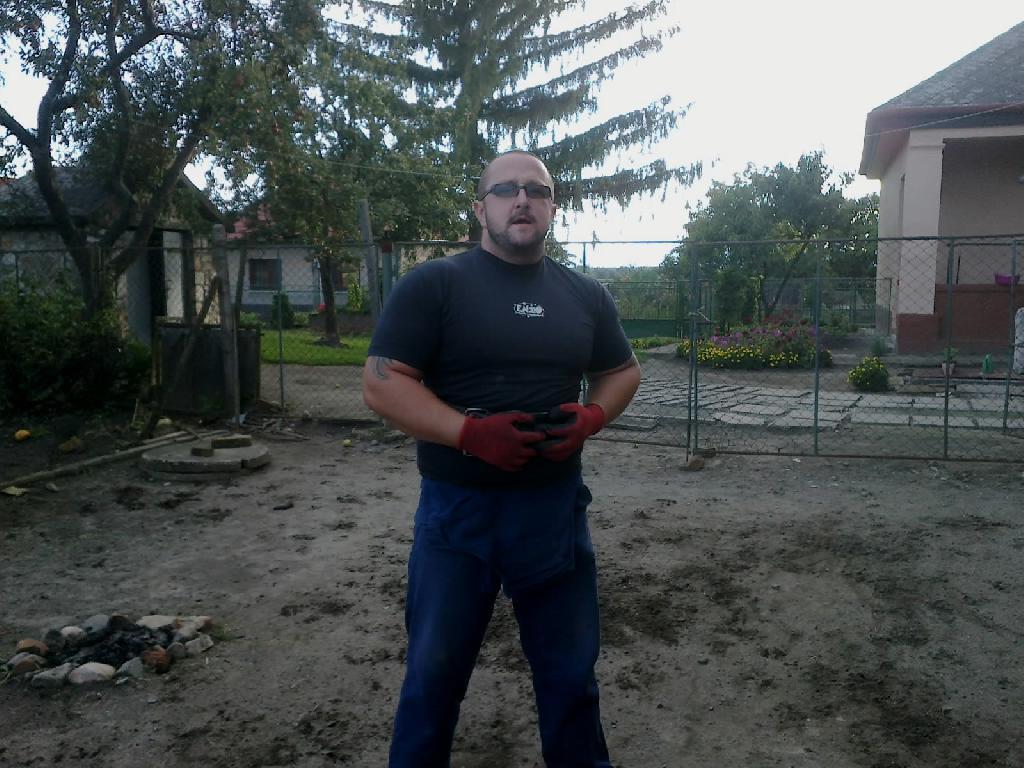 VandaSzabi, 36