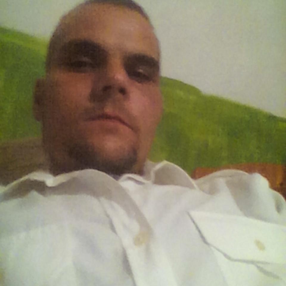 Brobert.bobi, 37
