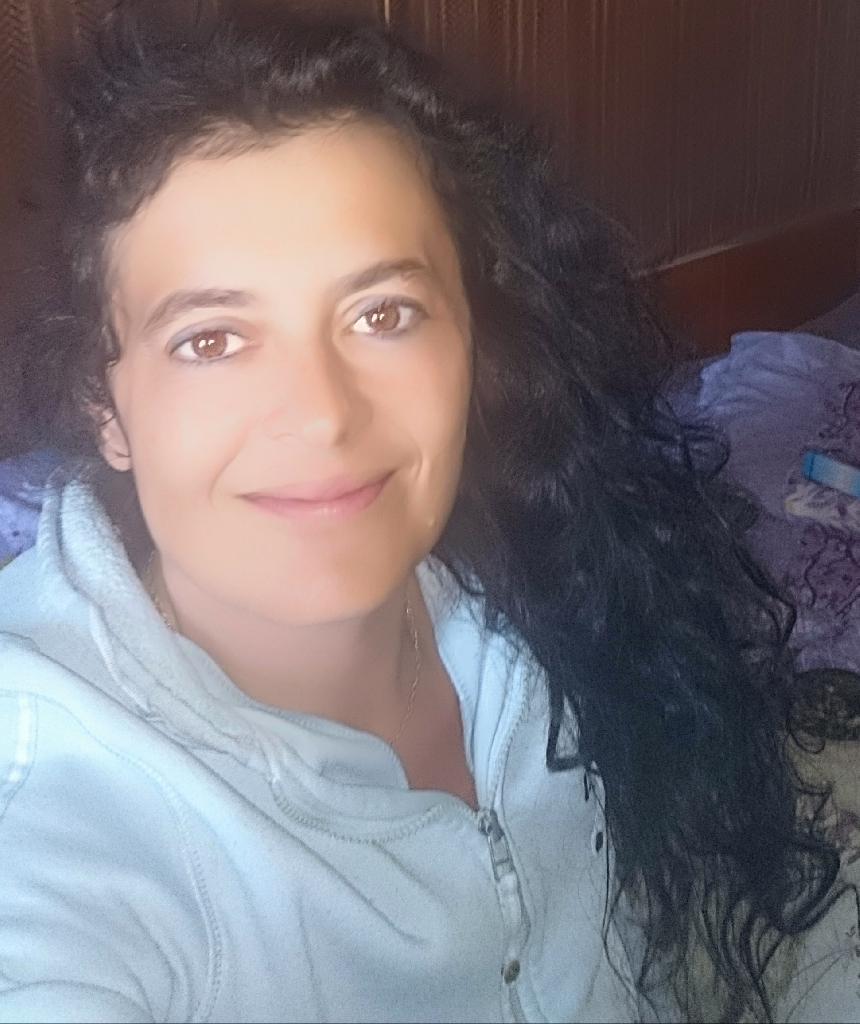 Gertis, 32