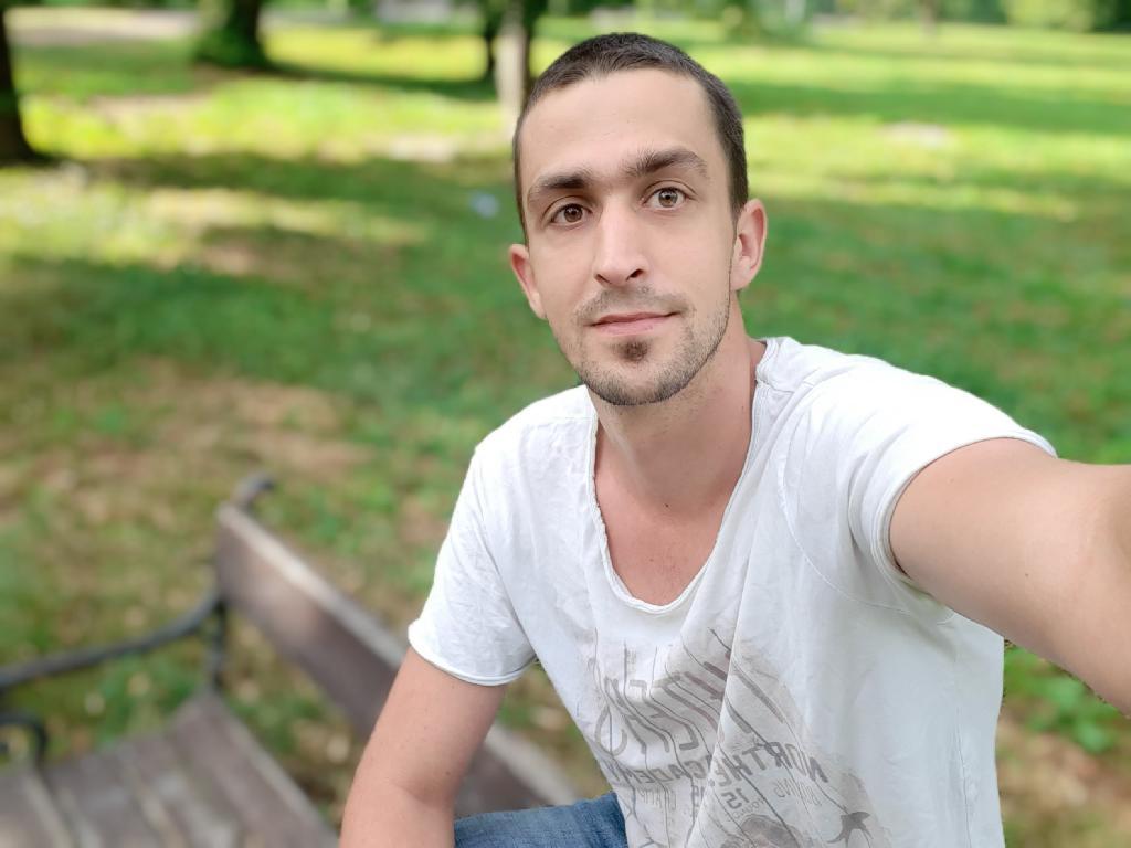 petyalinó, 28