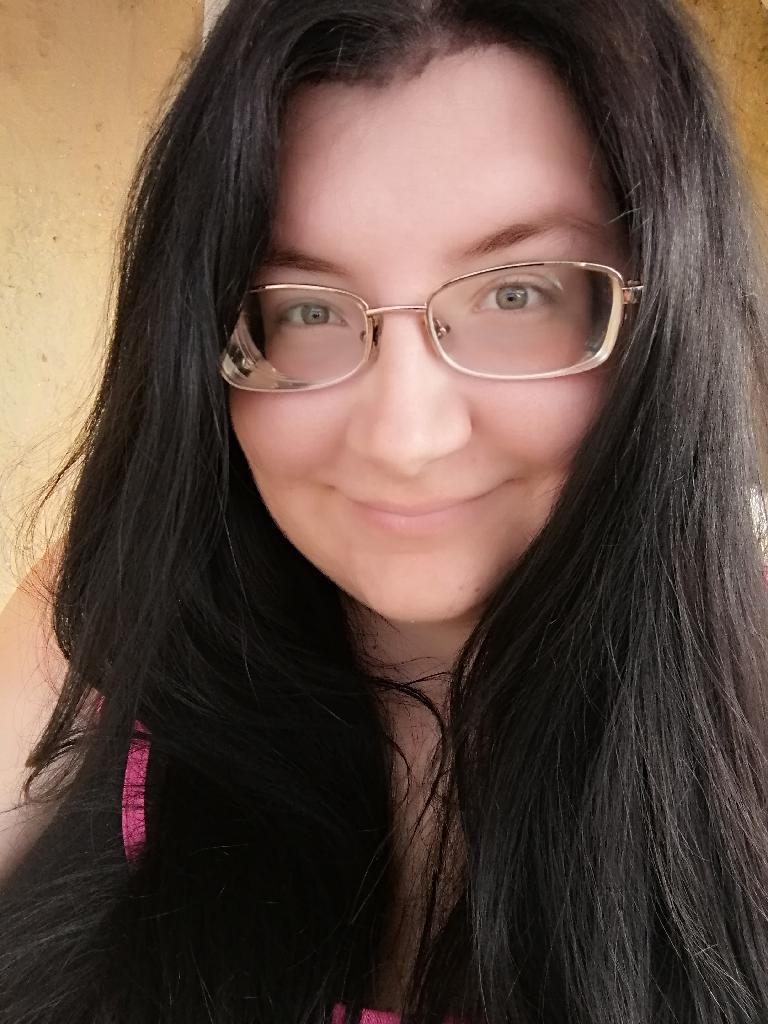 Anita97, 22