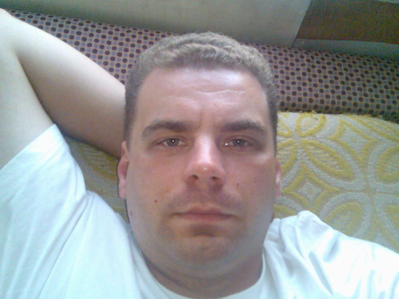 Swenyke, 38