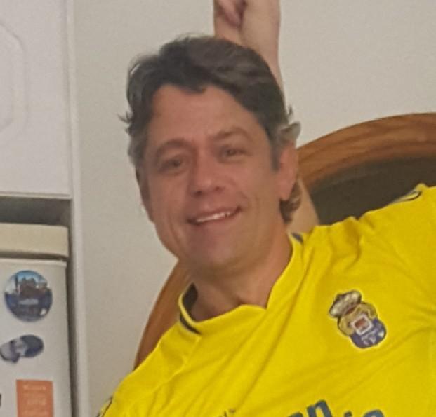 Carlos45, 47