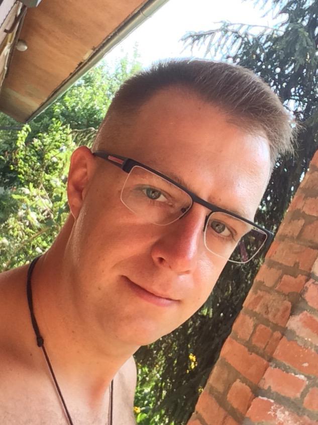 ChristianGuy, 38