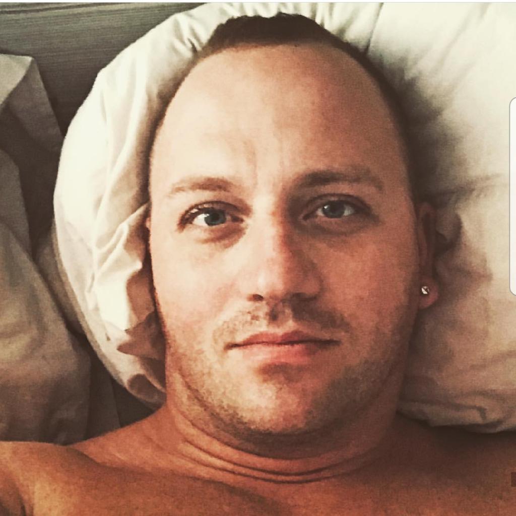TomiDallos, 37