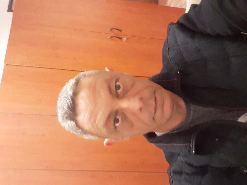 F.Karesz, 45