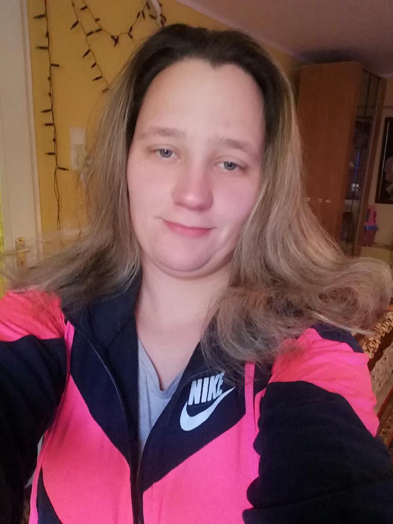 Tkrsztina, 29