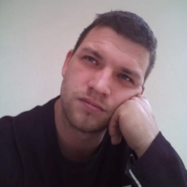NSzabi, 33