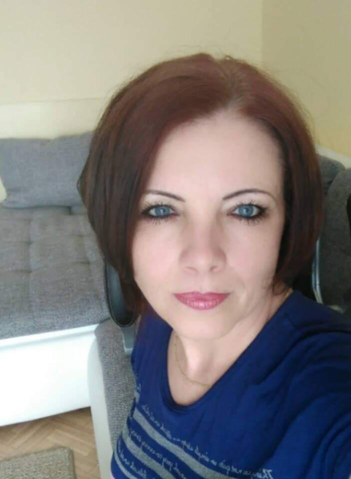 Merine, 44
