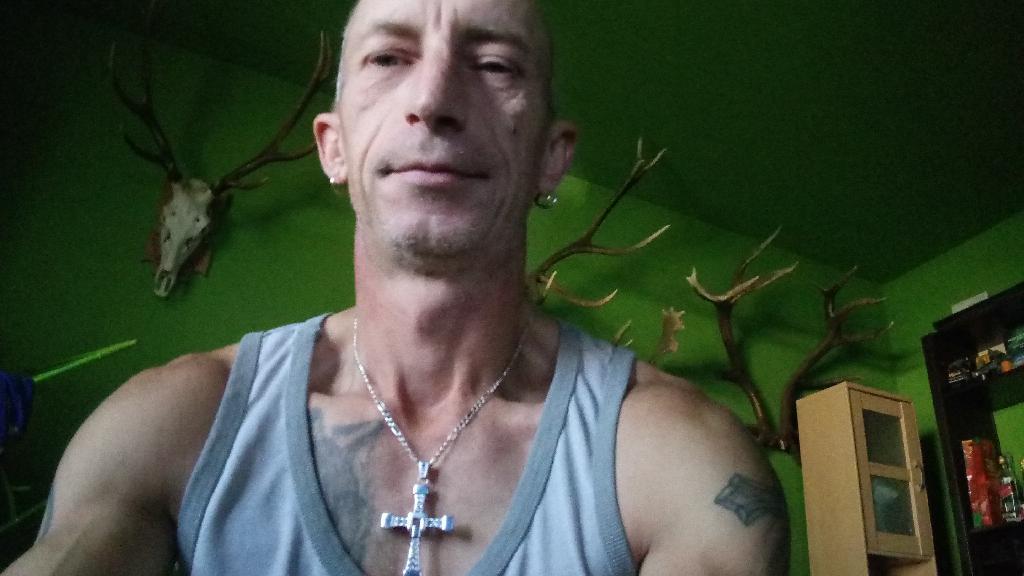 Szimpik, 44