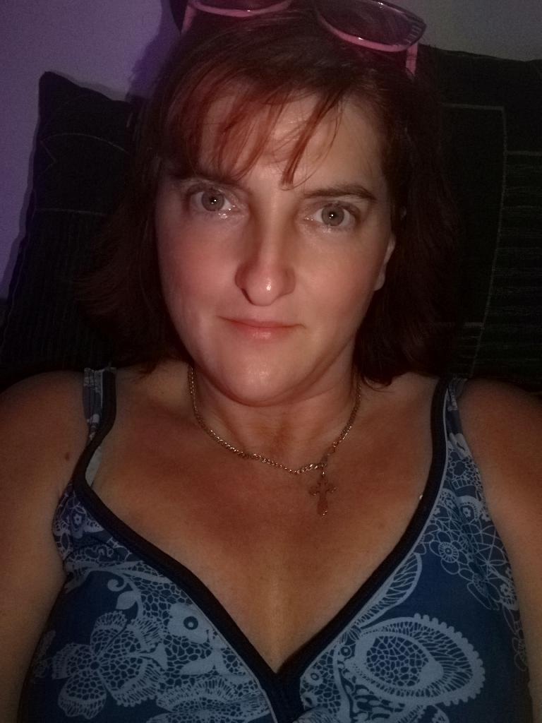 Eszterrá, 45