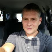 V_István, 47