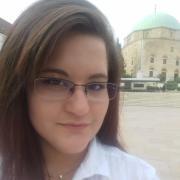 .Viktoria, 23
