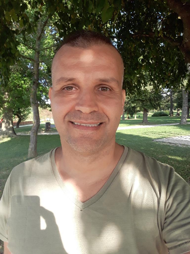 Bonomi, 43