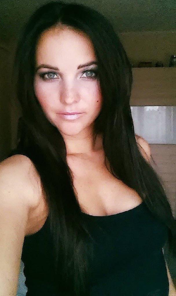 ZitAnna, 35