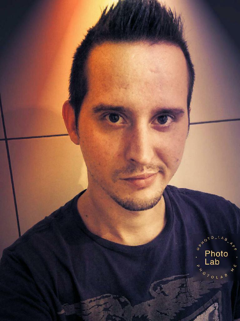 Kenruzer, 32