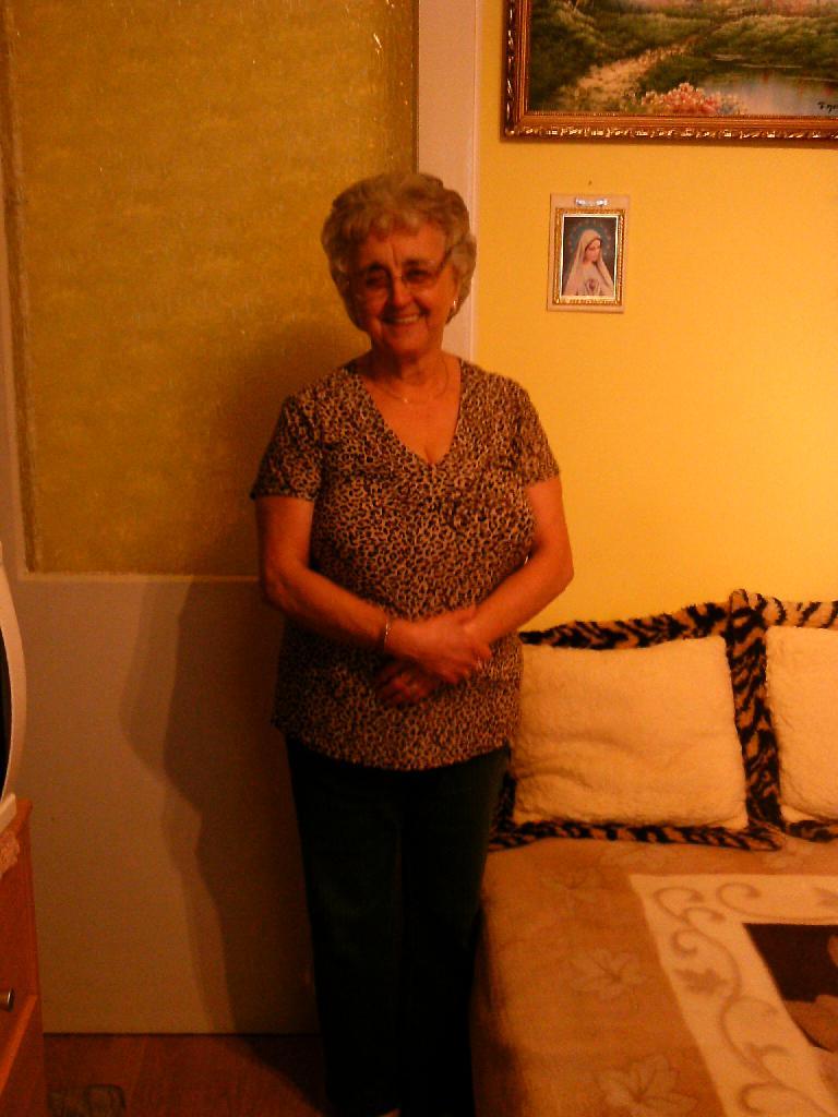 Julianna67, 72